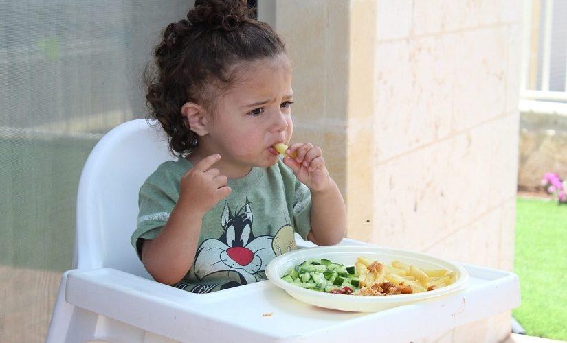 שלבים באוכל מוצק לתינוקות
