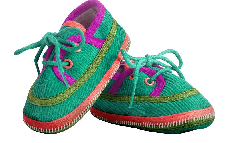 נעלי ילדים מודרניות